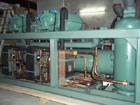 中低溫冷水機組,螺桿低溫冷水機,螺桿式冰水機